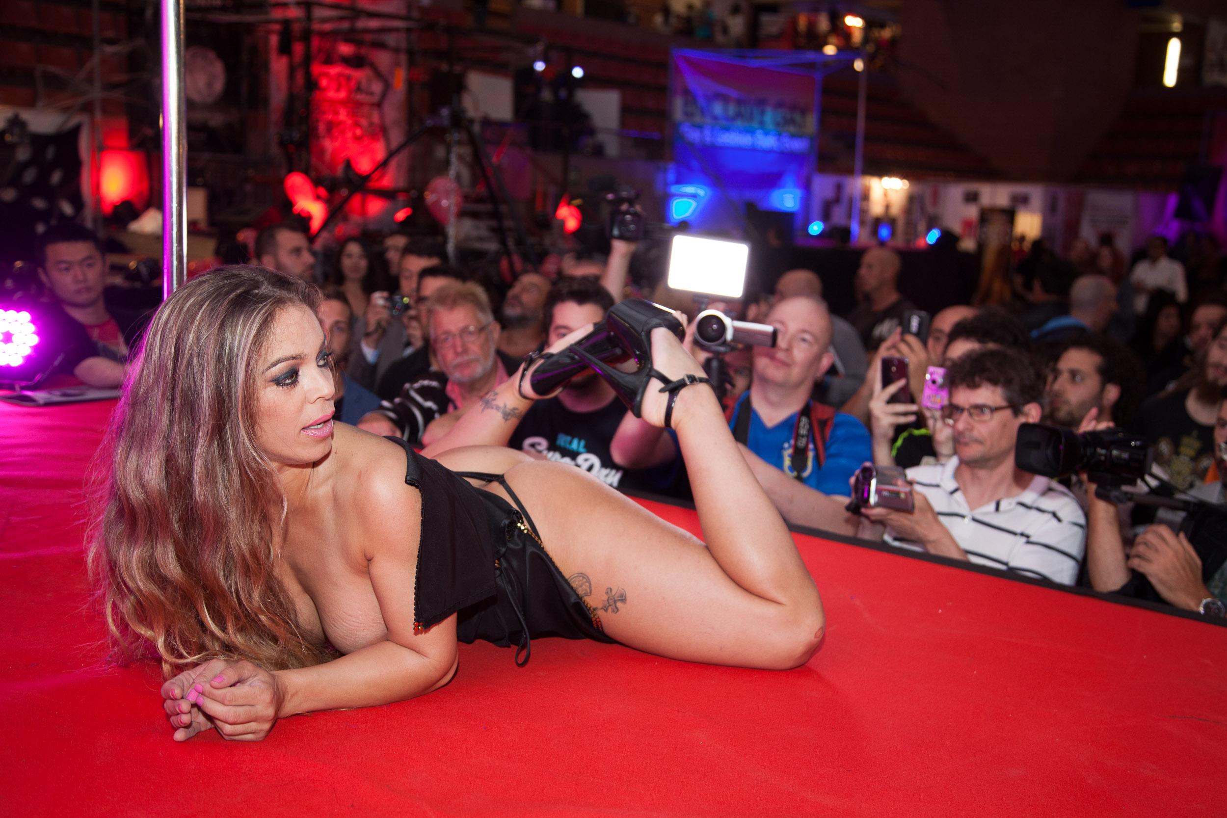 Noemi Bcn Porno qué vas a encontrar en el salón erótico de barcelona | bcn